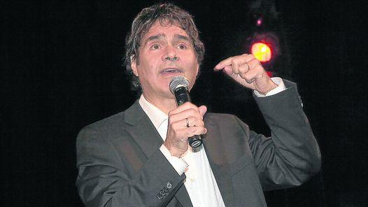 Contratar a Claudio Maria Dominguez