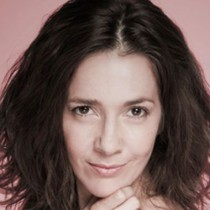 Contratar a Cristina Perez