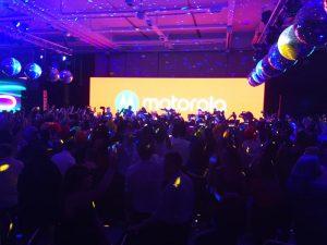Show de Damas Gratis Oficial ! con Pablito Lescano (damas Gratis) Oficial en el evento de Motorola